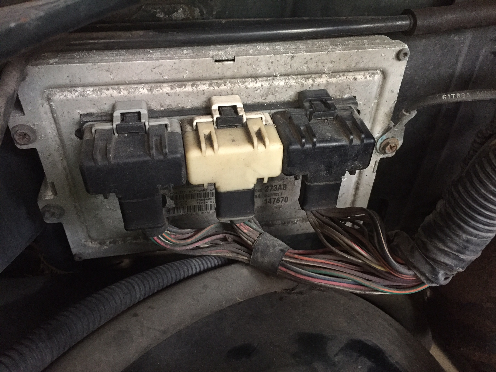 1999 dodge caravan wiring diagram 25 hp johnson outboard parts 2001 ram 2500 5.9l - battery voltage drop...bad pcm volt regulator dodgeforum.com
