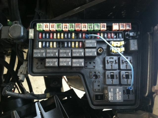 2002 dodge ram fuse box location