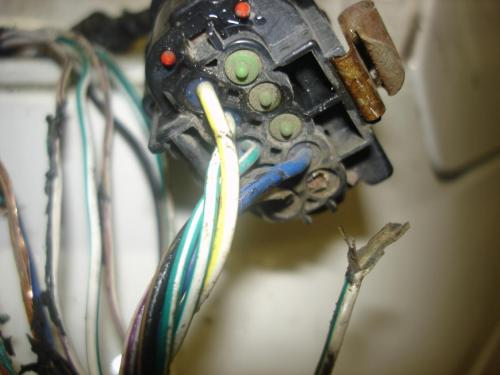 small resolution of  left rear turn signal not working and other electrical troubles dsc00573 jpg