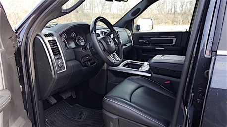 Ram 3500 Limited Dually Review_16