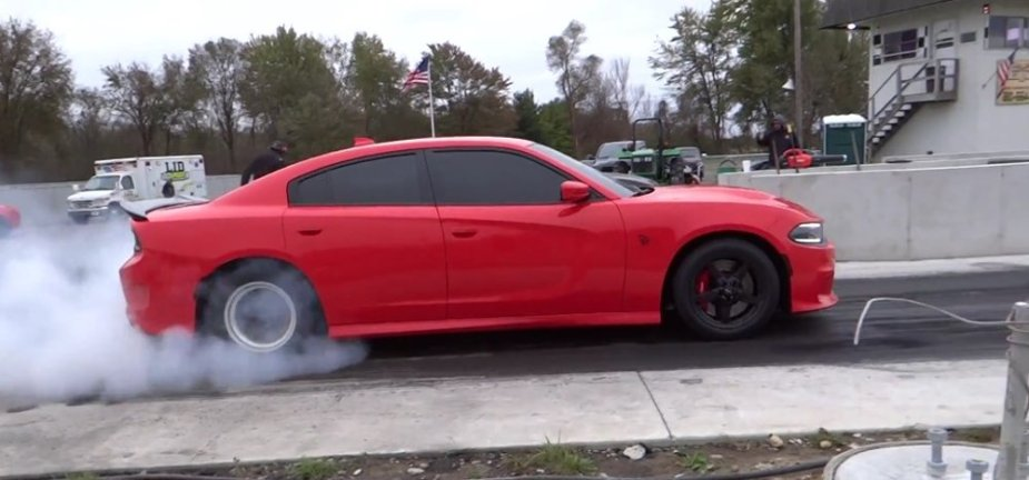 Charger Hellcat Burnout