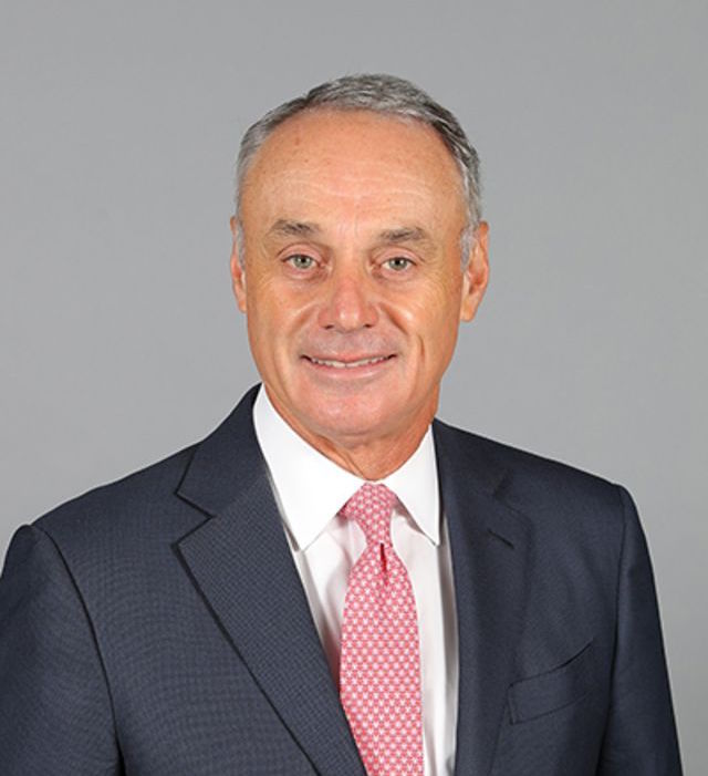 rob manfred astros cheating scandal dodgers braves