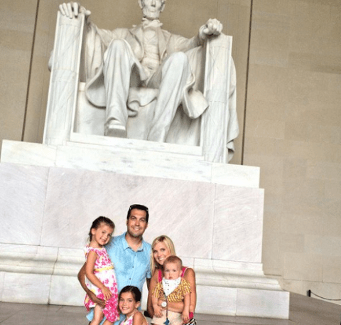 Sma Hornish with his family