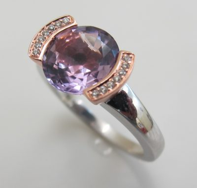 ring amethyst oval mit 14brillanten 750 weissrotgold. Black Bedroom Furniture Sets. Home Design Ideas