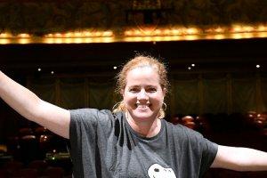 Une femme devient cheffe d'orchestre au Capitole, une grande première