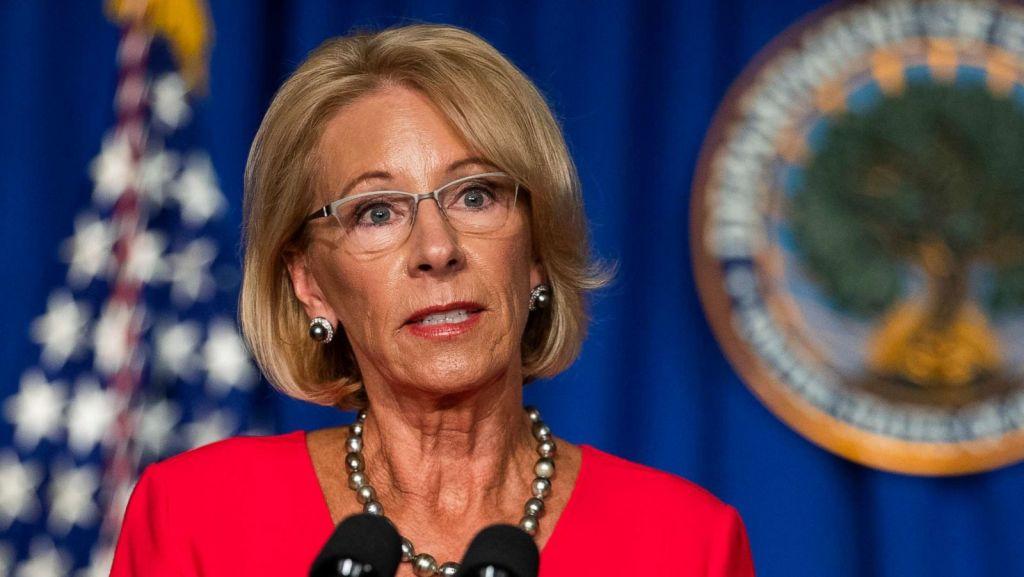 Démission de la secrétaire américaine à l'Education