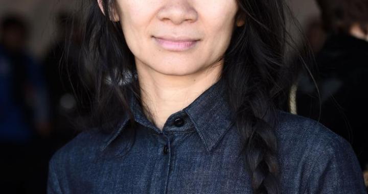 Chloé Zhao, deuxième femme réalisatrice primée au Golden Globes