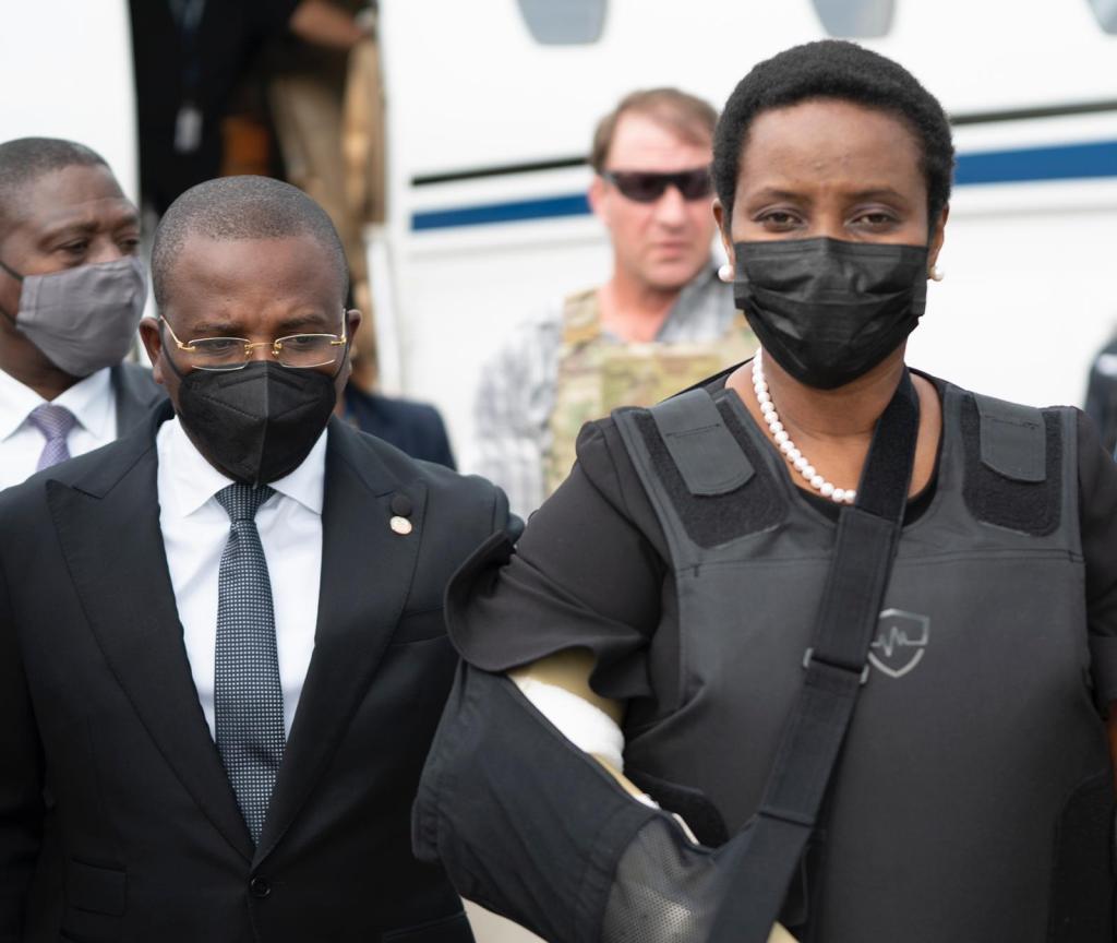 Et voilà la Première Dame de la République Martine Moïse de retour en Haïti !