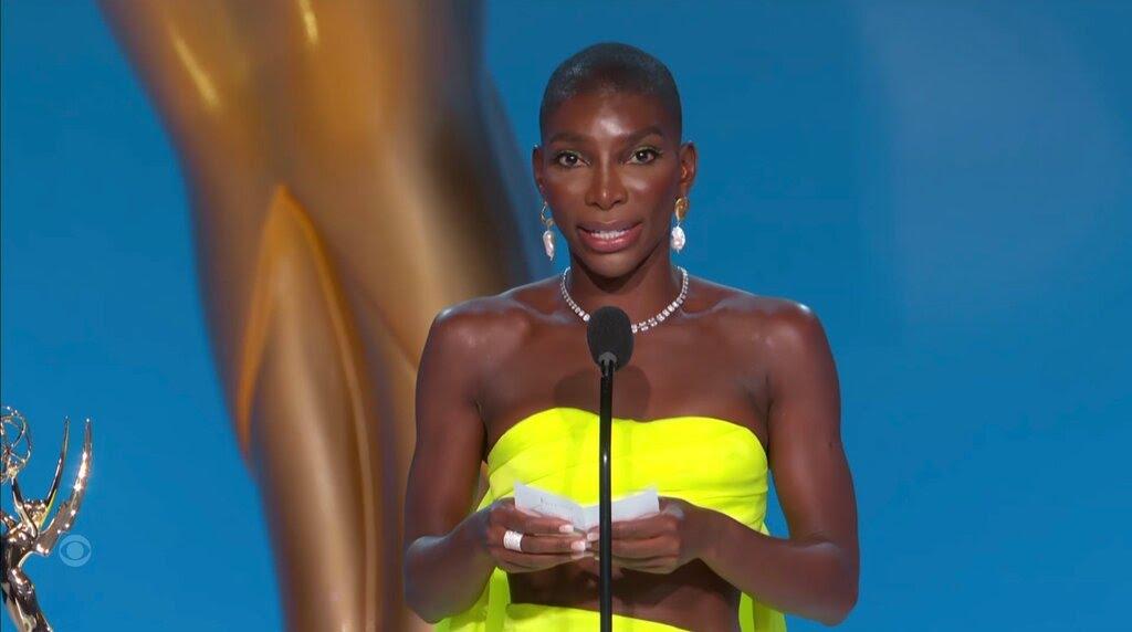 Emmy Awards 2021 : Michaela Coel a reçu le prix du meilleur scénario dans une mini-série