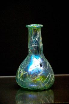 Pieza de vidrio del Imperio Romano en el Museo Domus Roman.