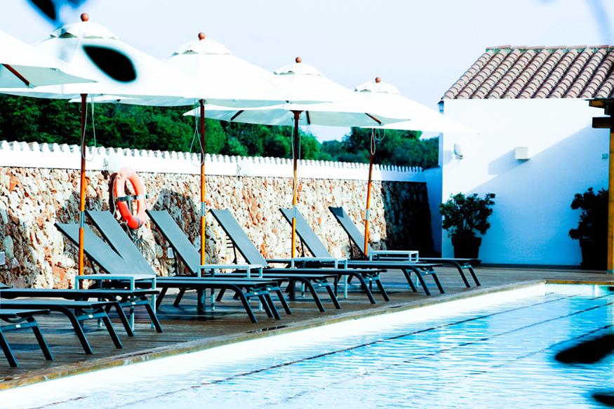 Piscina del hotel rural San Joan de Binissaida.