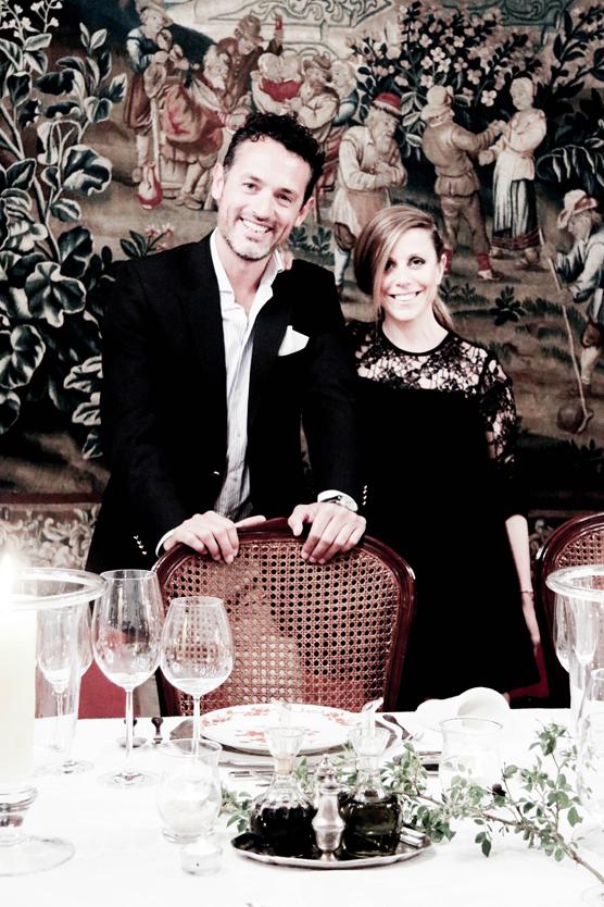 Con Daniela del Río en la cena de despedida, llevo GIEVES & HAWKES.