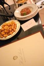 Comida recién hecha para Eros por la cocina del Sacher.