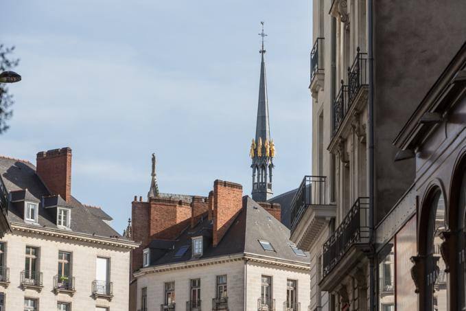 Tejados y campanarios de Nantes.