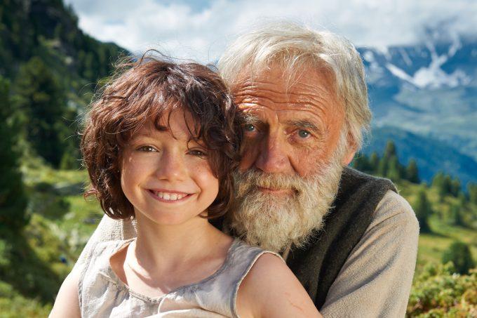 Anuk Steffen (Heidi) y Bruno Ganz (abuelo).