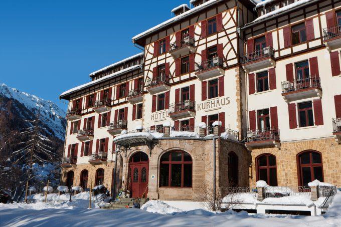 El hotel en invierno. Foto: Switzerland Tourism/BAFU - By-Line: swiss-image.ch/Roland Gerth. Local Caption Albulatal, Berguen, Hotel Kurhaus.