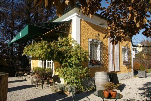 Tienda gourmet en el jardín de Gössl.