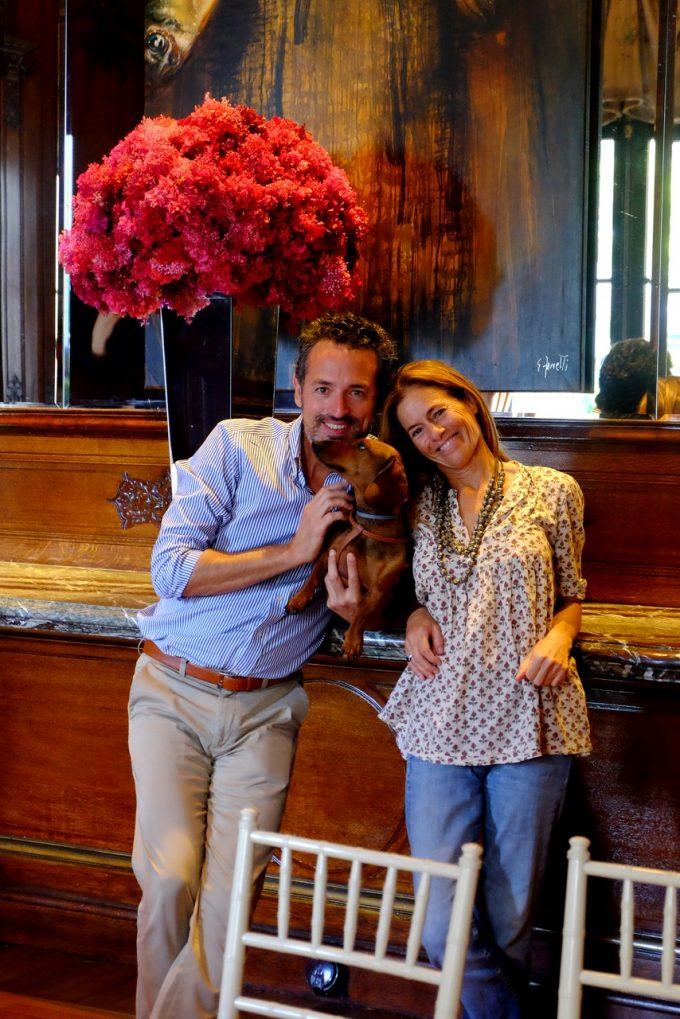 En el comedor del Hotel Four Seasons Buenos Aires con Isabel de Estrada, presidenta de la Fundación Zorba. Foto: Clara de Estrada.