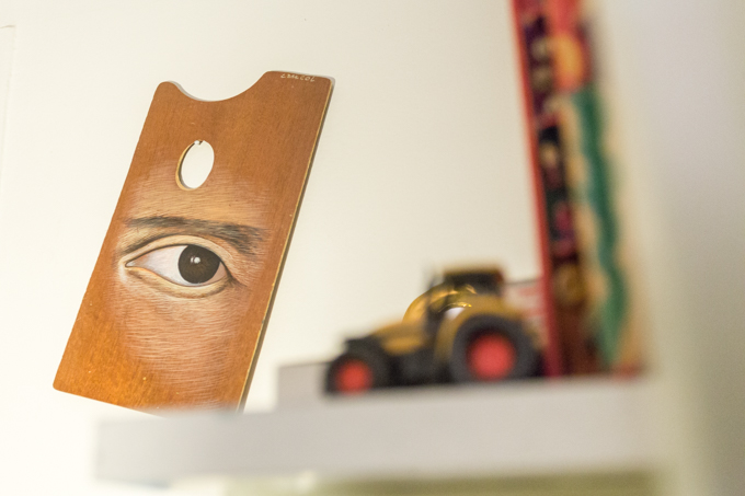 El ojo, la mirada, otro detalle presente en la obra de Cancel.