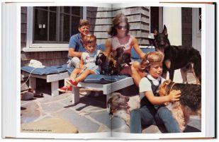 JFK y su familia.