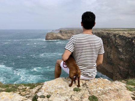 Cabo de San Vicente con perro