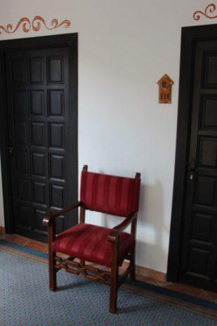Puertas de habitaciones.