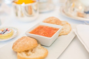 Pan con tomate.