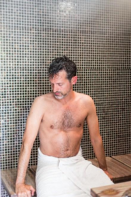 Disfrutando del baño turco.
