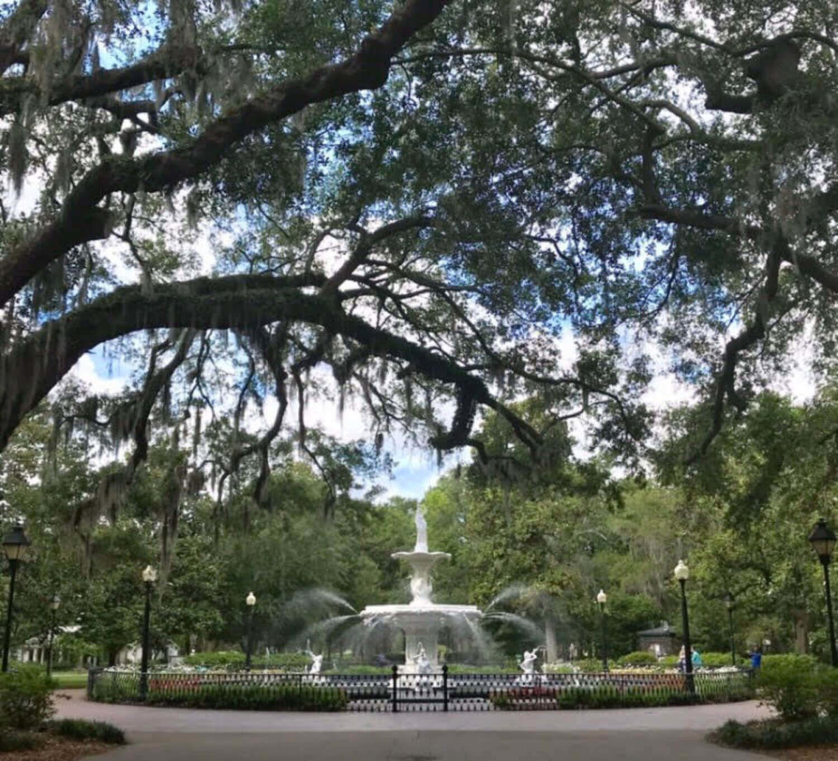 5 of the most fun things to do in dog friendly savannah, gaforsyth park in pet friendly savannah