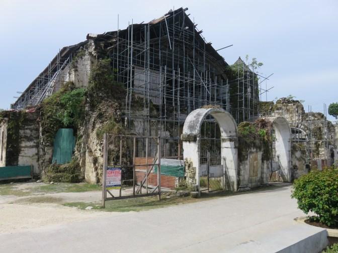 old-loboc-church-1