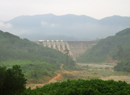 hydroelectric-plant