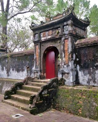 tu-duc-imperial-tomb-56