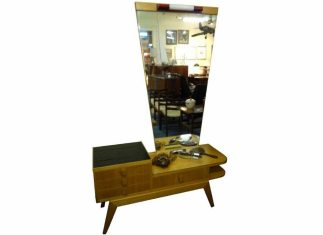 Rosando Dressing Table