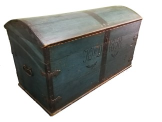 Danish Timber Trunk