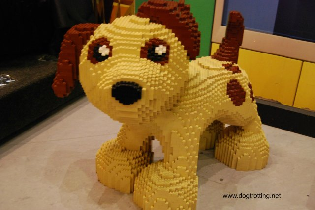 Lego dog dogtrotting.net