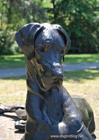 dog sculpture 6