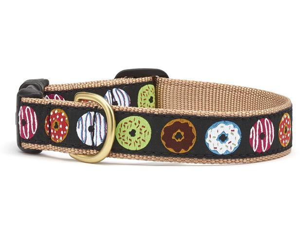 dog collar with donuts on it