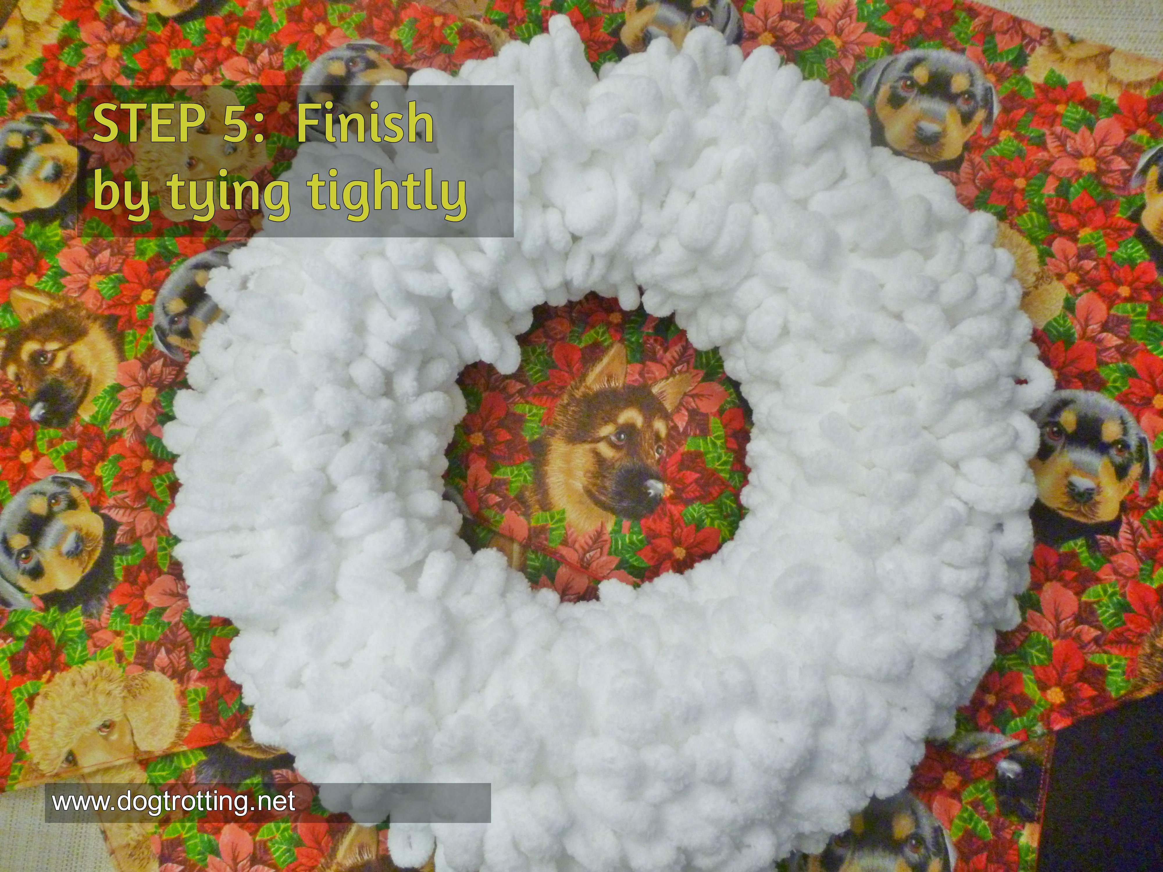 finished loopy yarn white wreath