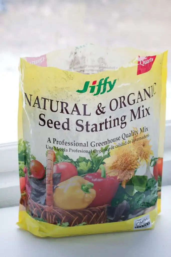 Start seeds indoors to get a head start on the gardening season.  Easy to follow directions for beginner gardeners to start seeds today.