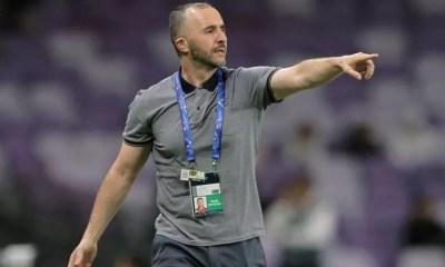 Le Coach Algérien Sur La Finale