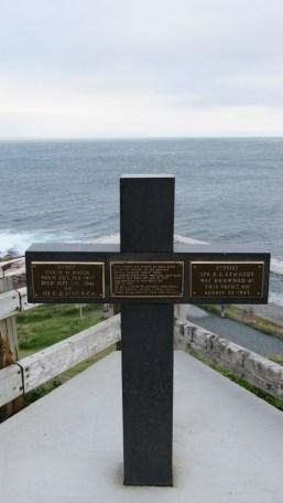 Memorial to drowning victims at Cape Shear