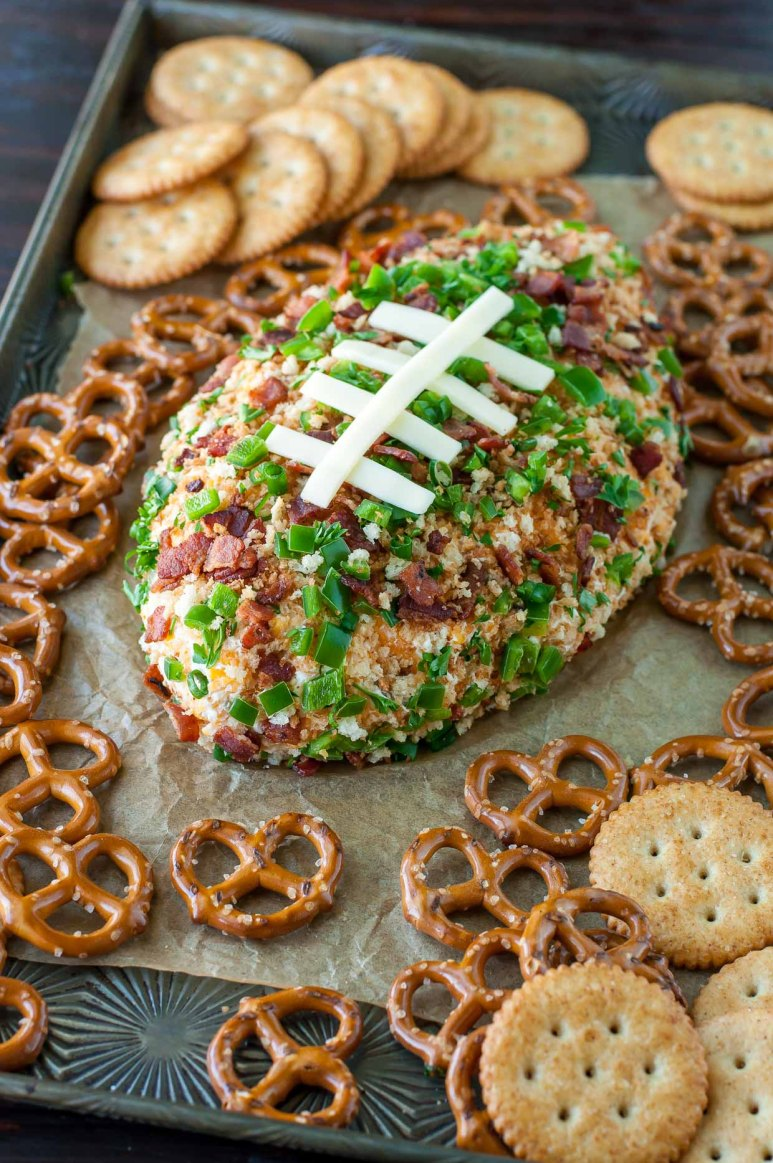 party-jalapeno-popper-football-cheese-ball-appetizer-recipe-peasandcrayons-8708