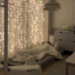 30 Beautiful DIY Bedroom Fairy Lights (18)