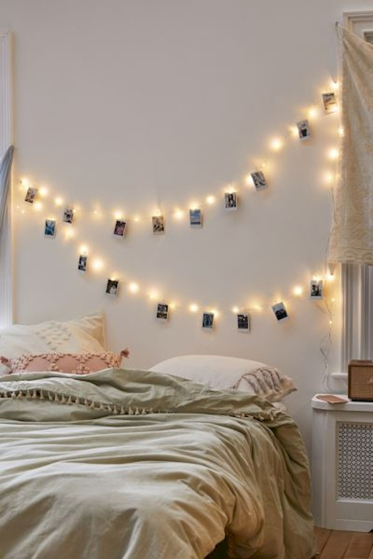 30 Beautiful DIY Bedroom Fairy Lights (8)