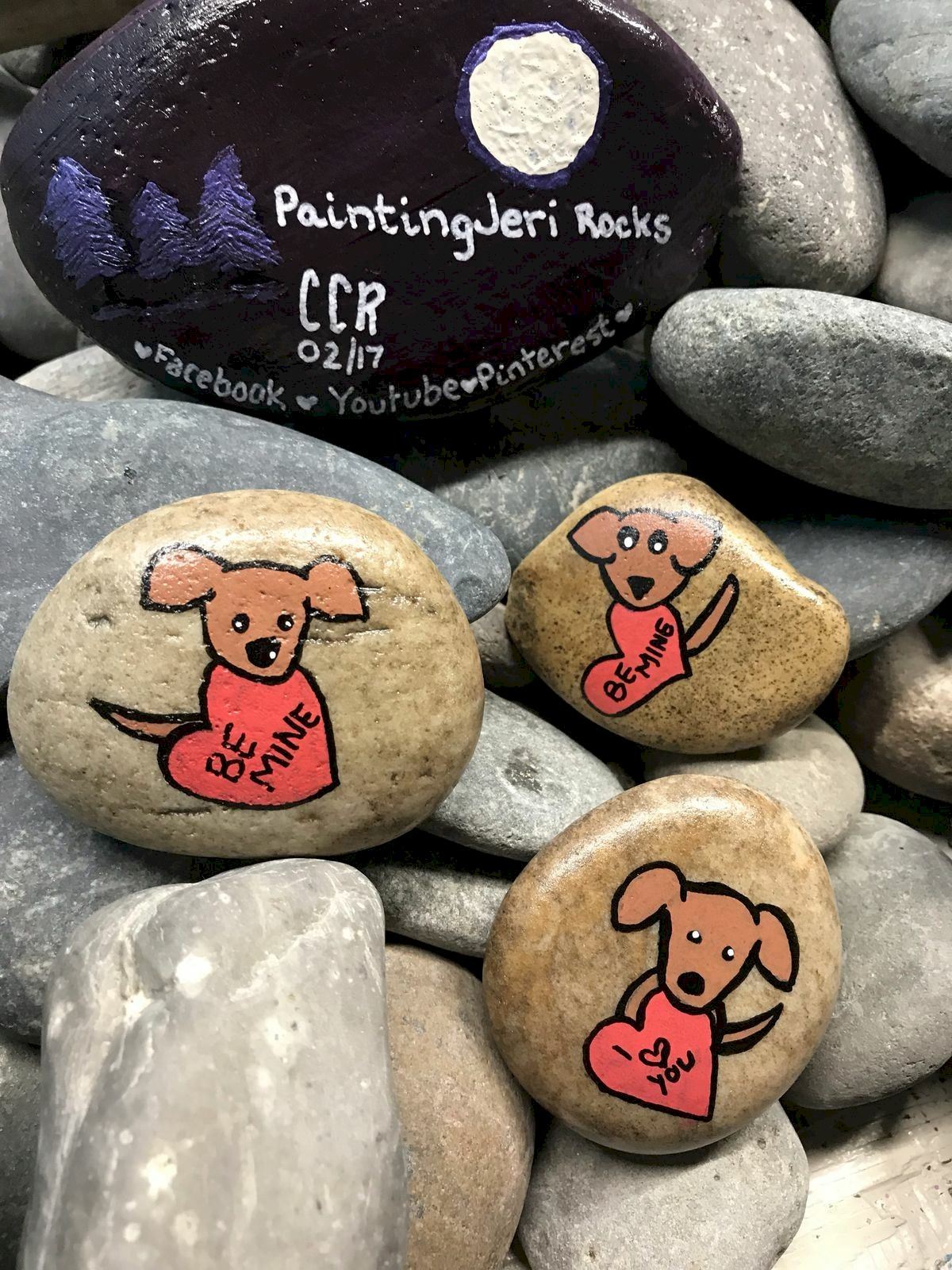 40 Favorite DIY Painted Rocks Animals Dogs For Summer Ideas (4)