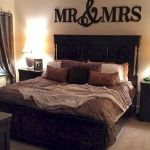 55 Romantic DIY Bedroom Decor for Couple (23)