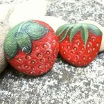 40 Awesome DIY Painted Rocks Fruits Ideas (33)