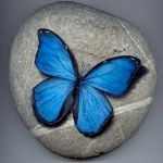55 Cute DIY Painted Rocks Animals Butterfly Ideas (54)