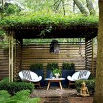 60 Awesome DIY Backyard Privacy Design and Decor Ideas (32)