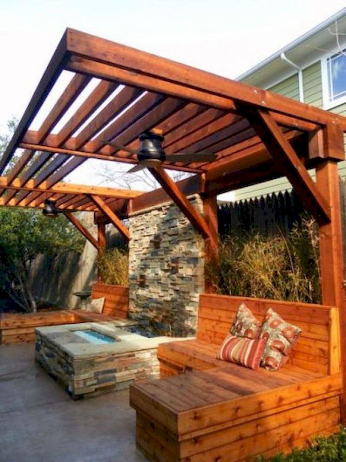 60 Awesome DIY Backyard Privacy Design And Decor Ideas (33)